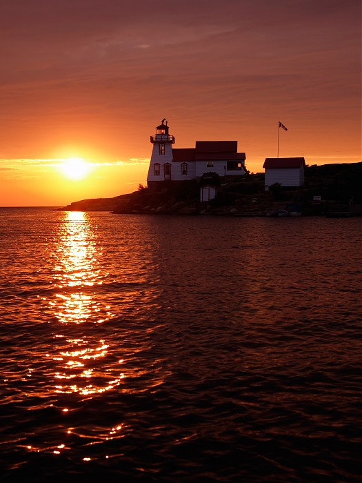 photoblog image Pointe Au Baril Lighthouse at Sunset III