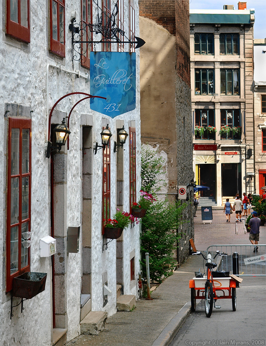 photoblog image Lanes of Old Montreal