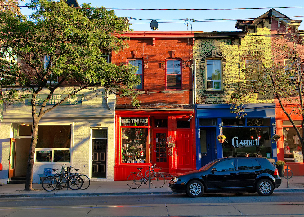 photoblog image Colours of Queen West