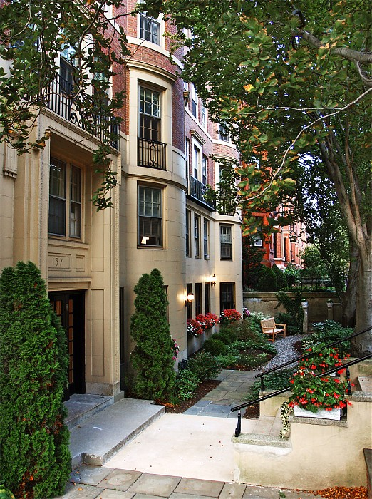 photoblog image Beautiful Back Bay Homes