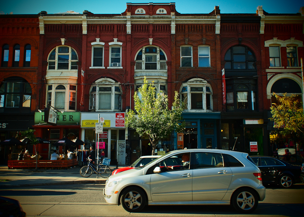 photoblog image Late summer on Queen Street, Toronto